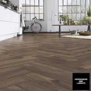 FloorsAndMore - Calais Oak 8mm Herringbone 4766